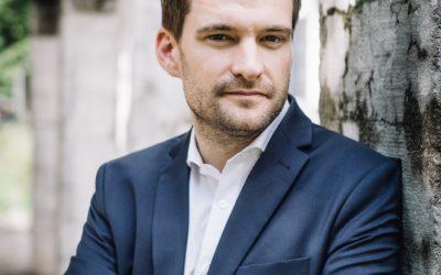 1 Spitzenkandidat:in 3 Fragen 6 Minuten: Johannes Vogel (FDP)